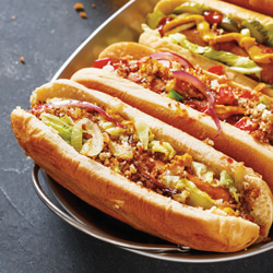 Hot dogs in buns highlighting cryogenic meat and dough injection cooling applications